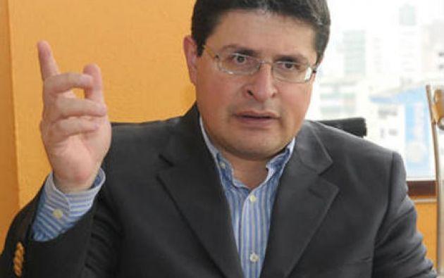El director de la Fundación fue acusado por Jorge Jurado, un exembajador de Ecuador en Alemania durante el Gobierno de Correa.