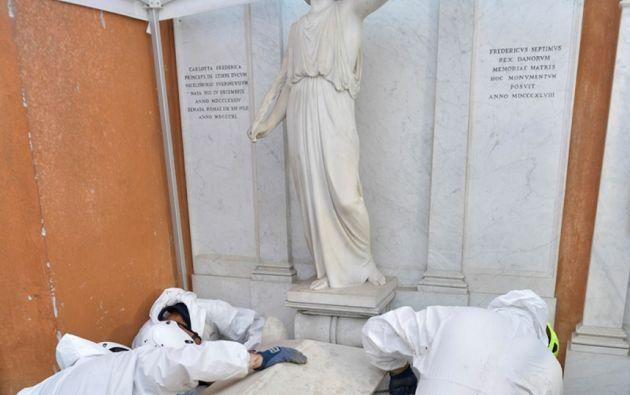 La operación de apertura de tumbas de realizó de forma muy discreta en este cementerio, únicamente accesible desde el interior del Vaticano. Foto: AFP.