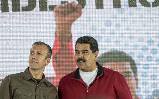 El ministro Tareck El Aissami junto a Nicolás Maduro. Foto.AFP