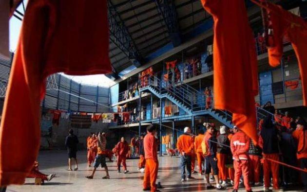 Moreno firmó el decreto por el que se ordena mantener el estado de excepción en todas las penitenciarías.