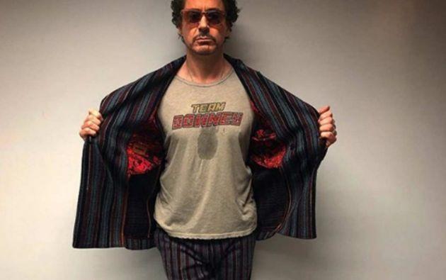 El diálogo corresponde a una de las secuencias de la primera película en la que Tony Stark está negociando una venta de armas.