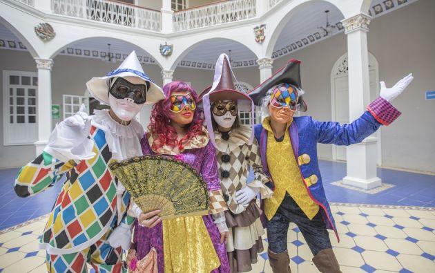 El Fiavl es uno de los festivales más importantes del año en Ecuador y congrega a cientos de artistas de diversas partes del mundo.