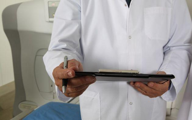 El médico, que será juzgado en los próximos meses, podría ser condenado hasta 15 años de prisión. Foto: Pixabay