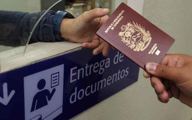 Ecuador reconocerá la validez de sus pasaportes y documentos de identidad hasta cinco años después de su fecha de expiración.