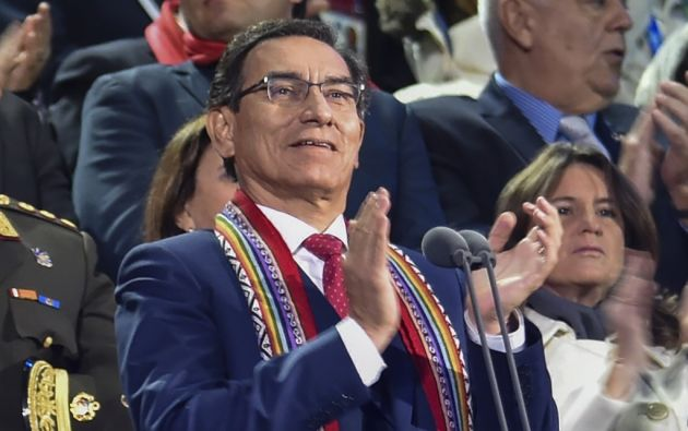 Vizcarra, de 56 años, ha mantenido un récord de popularidad desde que llegó al poder siendo casi un desconocido.  Foto: AFP