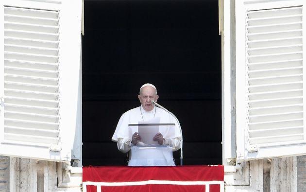 El papa Francisco denunció nuevamente la ley del silencio que imperaba en torno a los abusos sexuales cometidos por los sacerdotes. Foto: AFP.