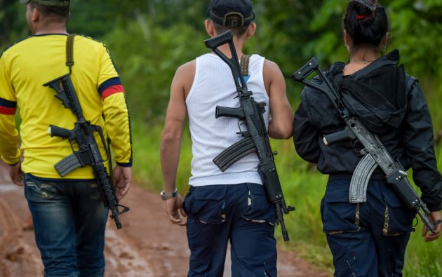 """Las personas que se acercaron a hacer """"el barrido tras el asesinato"""" fueron """"recibidas a disparos"""". Foto: AFP"""