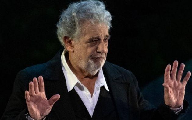 """Según una de las mujeres que acusa a Plácido Dómingo, al tenor le gustaba acostarse con una mujer antes de un espectáculo para relajarse y """"cantar mejor""""."""