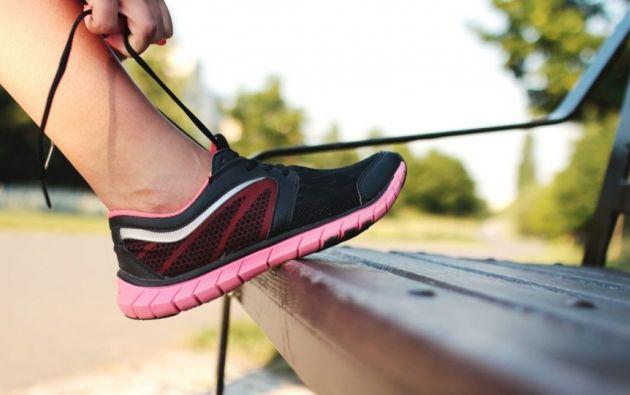 El calzado técnico incluye zapatos para atletismo, fútbol, tenis, baloncesto, gimnasia entre otros. Foto: Pixabay