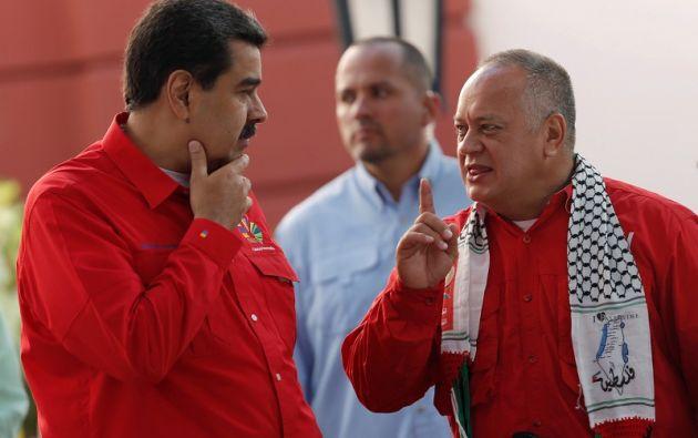 """""""Obligar a que las transacciones sean en bolívares o trueque"""", afirmó Cabello. Foto: Reuters"""