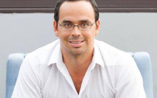 Duart fue director municipal de Acción Social y Educación en la alcaldía de Jaime Nebot.