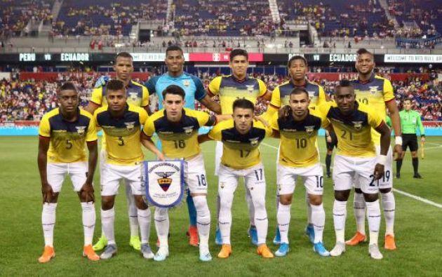 El primer partido ante la exigente sociedad ecuatoriana del renovado equipo se ganó el espectáculo con una buena presentación. Foto: AFP.