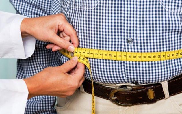 Los expertos recomiendan ajustar el volumen de lo que se come con el ritmo al que se quema grasa. Foto: Pixabay.