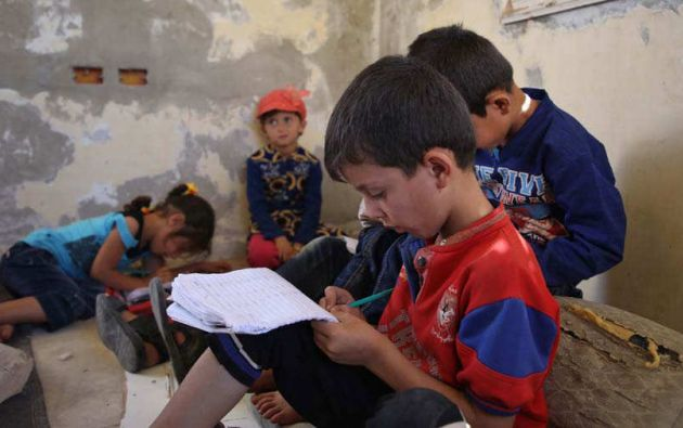 La Unesco calcula que habrá 9 millones de niñas que no irán siquiera a primaria, frente a 3 millones de niños. Foto: AFP.