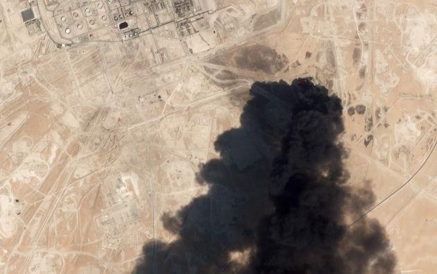Esta imagen muestra los daños a la infraestructura de petróleo / gas debido a los ataques de aviones no tripulados en Abqaig el 14 de septiembre de 2019 en Arabia Saudita. Foto: AFP
