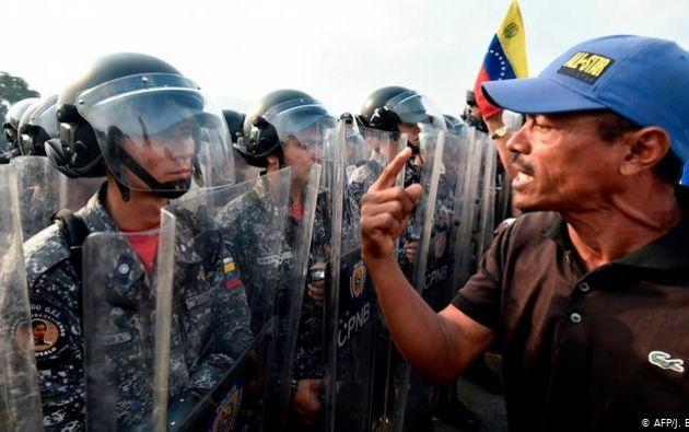 Human Rights Watch asegura que su reporte es consistente con las denuncias que hizo Michelle Bachelet a inicios de septiembre. Foto: AFP.