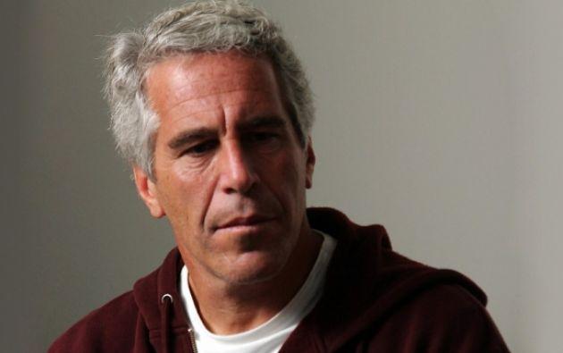 Epstein, de 66 años, se suicidó en su celda de Nueva York, aunque la investigación por tráfico sexual de menores sigue su curso. Foto: AFP.