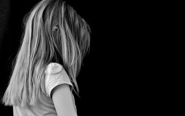 La menor reveló que su padre la ofreció a sus amigos a cambio de dinero ya que estaba desempleado. Foto: Pixabay.