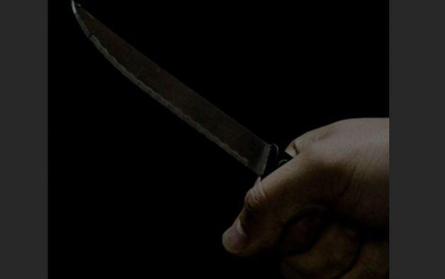 Luis C. B. apuñaló en reiteradas ocasiones a su contrincante con un cuchillo que tenía a su alcance.