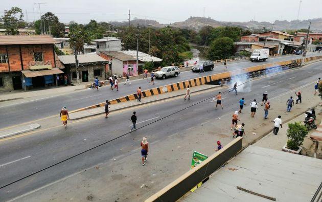Interrumpción de vía a la altura de Petrillo (Guayas) |  Foto: Cortesía