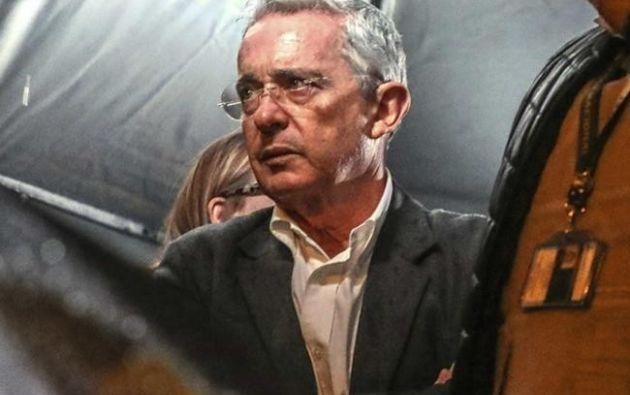 Uribe es el primer exmandatario que responde a un proceso penal en la Corte Suprema por tener fuero de senador. Foto: AFP.
