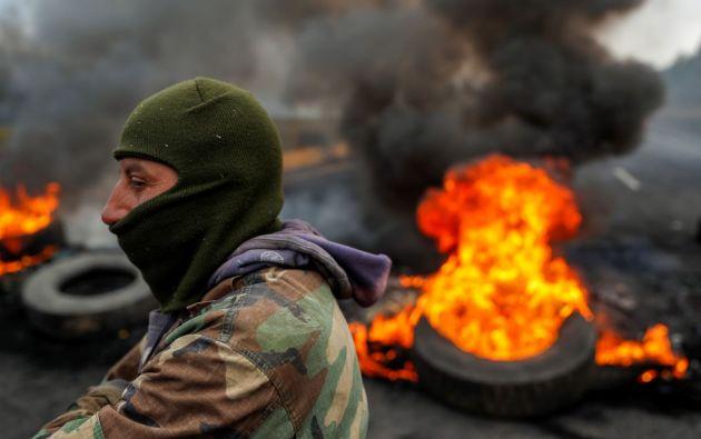 Un nuevo día de protestas este lunes 7 de octubre, contra las medidas adoptadas por el presidente Lenín Moreno. Foto: Reuters.