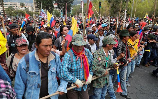 Manifestantes participan en una protesta contra las medidas de austeridad del presidente Moreno en Quito. Foto: Reuters