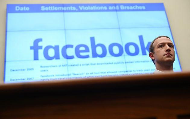 La compañía dirigida por Mark Zuckerberg anunció una serie de cambios para intentar evitar campañas de desinformación. Foto: Reuters