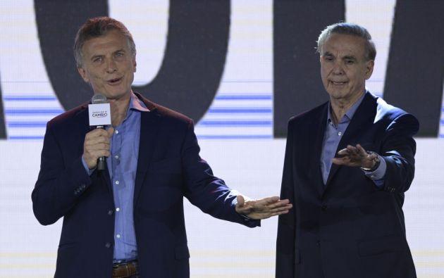 """""""Lo invité a desayunar mañana (lunes) a la (sede presidencial) Casa Rosada"""", dijo Macri. Foto: AFP"""