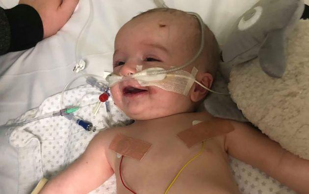 Cuando Michael de 14 meses, despertó de un coma, le dedicó esta bellísima sonrisa a su padre.