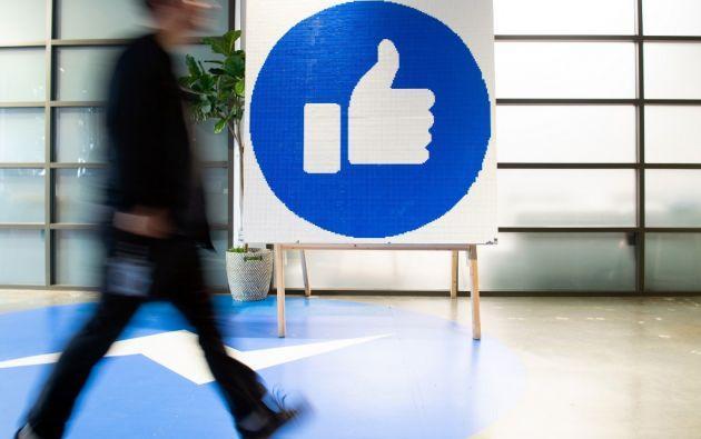 La onegé analizó las 100 principales noticias apócrifas y certificadamente falsas que circularon de forma viral en Facebook. Foto: AFP