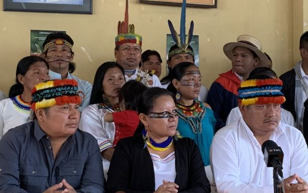 """""""Nos hemos desplazado desde la amazonia, con el objetivo de presentar la demanda contra el Estado"""", dijo Cisneros."""