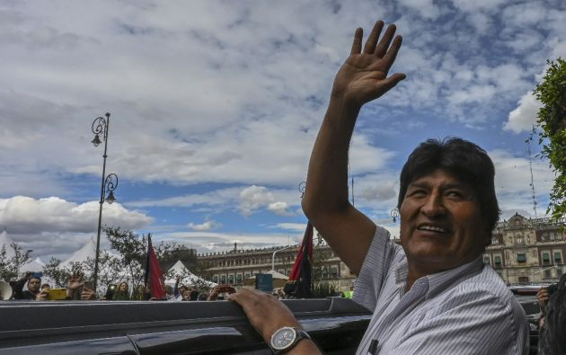 El asilado expresidente de Bolivia, Evo Morales fue captado saliendo de un elegante restaurante ubicado en la colonia Roma. Foto: AFP
