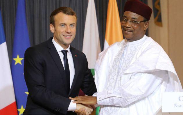 Los presidente de Francia y Níger, Emmanuel Macron y Mahamadou Issoufou. Foto: AFP