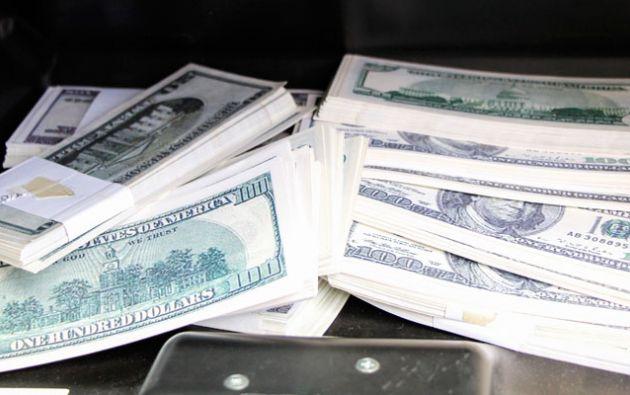 Entre 2015 y 2016, Betsy P. ingresó al Sistema Financiero Nacional depósitos bancarios por 95.800 dólares.