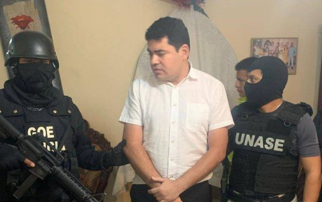En la madrugada del 26 de noviembre, en varias provincias del país fueron detenidas 33 personas, 14 de ellos son o fueron funcionarios públicos, entre ellos José Carlos Tuárez.
