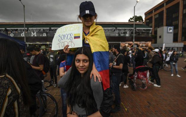 Pese a las manifestaciones contra la política económica y social se proyecta crecimiento para Colombia. Foto: AFP.