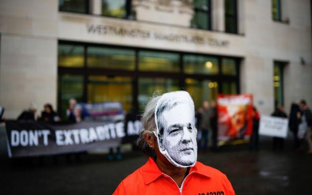 El fundador de Wikileaks estuvo refugiado en la embajada ecuatoriana cerca de siete años. Foto: AFP