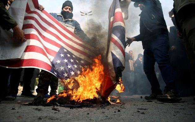 """Miles de personas salieron a las calles para protestar contra los """"crímenes"""" estadounidenses. Foto: Reuters"""