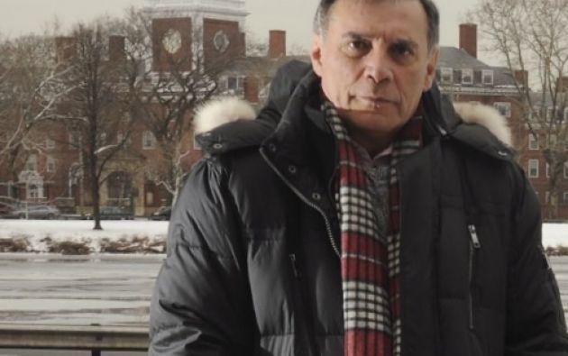 En 2012, durante una entrevista con Vistazo, Jamil Mahuad pidió perdón a los ecuatorianos por los efectos que les causó la dolarización y el feriado bancario.