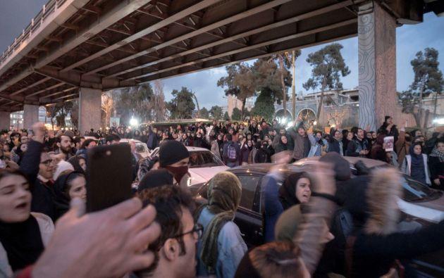 Una treintena de personas fueron detenidas en las protestas contra las autoridades iraníes. Foto: Reuters.