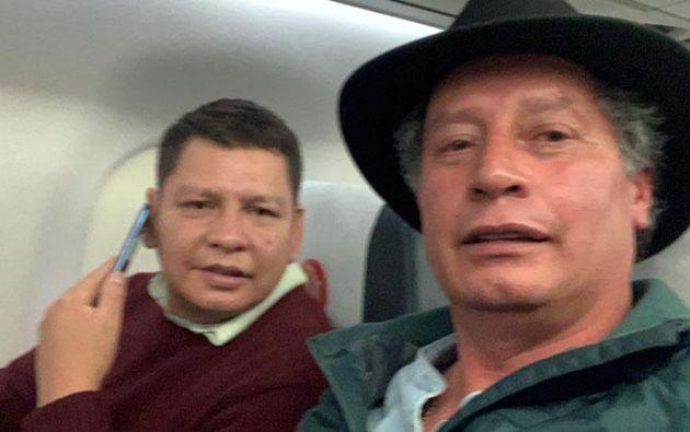 Las exautoridades durante su viaje hacia México. | Twitter