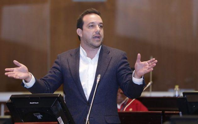 """El comportamiento de Roberto Gómez no se ajustaba a """"los principios y valores"""" de CREO."""