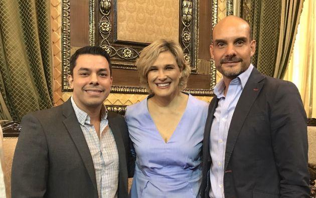 Luis Fernando Baquerizo, director de Tecnología Municipio de Guayaquil; Cynthia Viteri, alcaldesa de Guayaquil; y Álvaro Maldonado, gerente comercial Kushki.