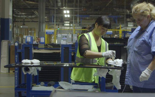 """""""American Factory"""" es el primer documental de Higher Ground Productions, compañía que fundaron el expresidente de Estados Unidos Barack Obama y su esposa, Michelle Obama."""