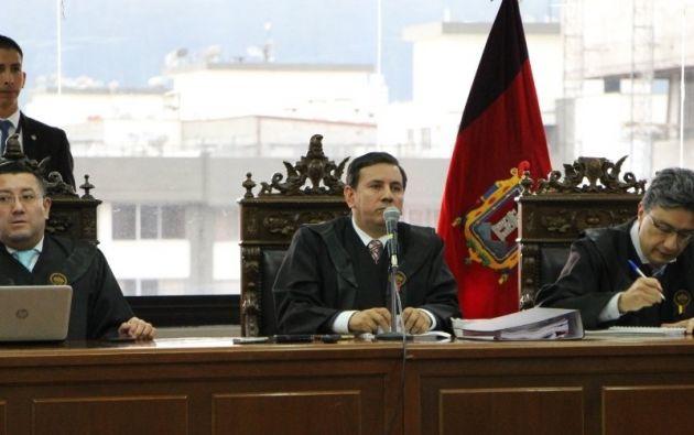 Inicia audiencia de juicio contra 21 procesados por cohecho, entre ellos Rafael Correa.