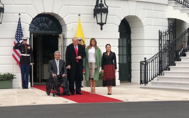 Moreno asistió a la cita con su esposa y primera dama Rocío González.