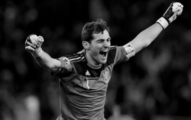 Iker Casillas, el mítico arquero de la selección de España, Real Madrid y actualmente en el Porto del Portugal, colgará los guantes.