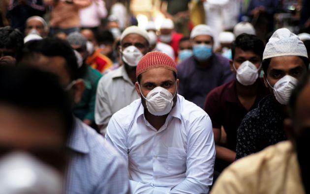 Se contabilizan hasta hoy 83.853 casos de coronavirus, de las cuales 2.873 fallecieron, en 56 países y territorios. Foto: Reuters.