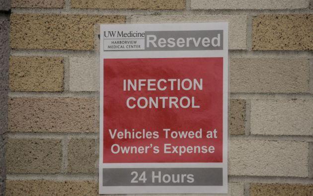 Señal de estacionamiento para el vehículo del equipo de evaluación domiciliaria del Harborview Medical Center en Seattle, EEUU. Foto: Reuters.